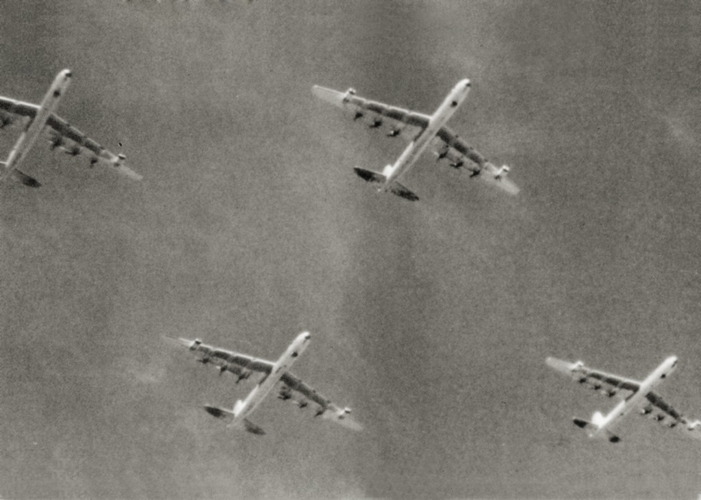 B-36 PERFORM A FLYOVER AT RAMEY AS THEY RETURN FROM A DEPLOYMENT TO TURKEY 1955