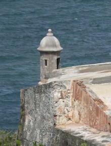 El-Moro-Fort-220x288