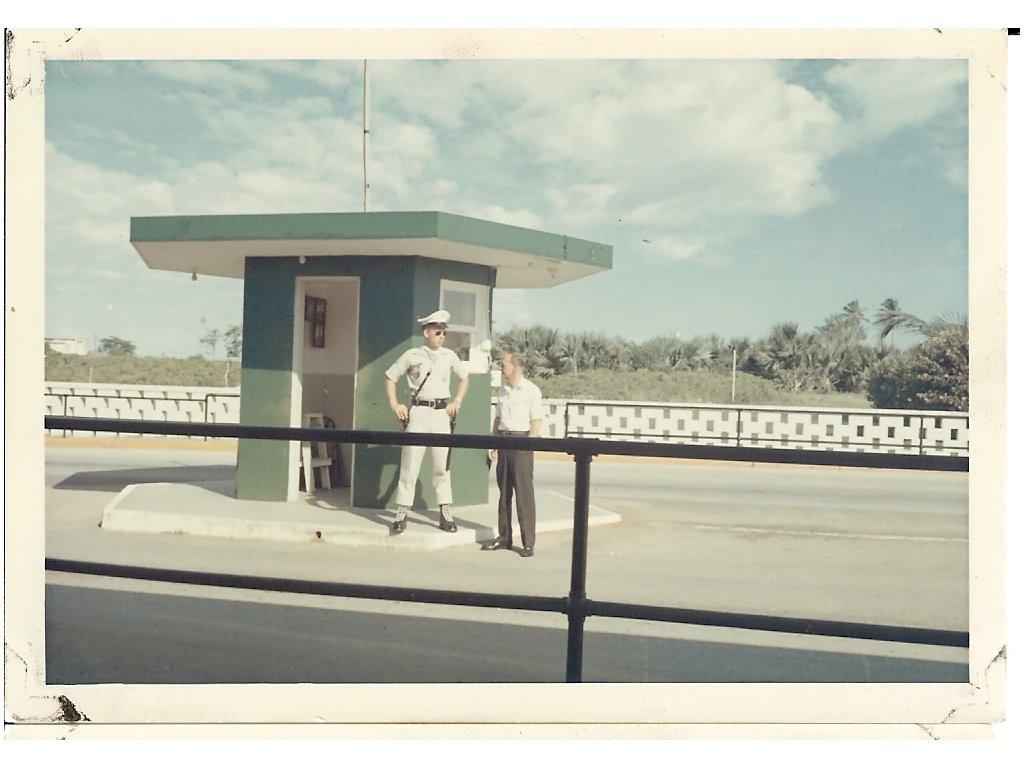 Gate-1-1966